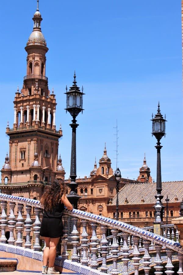 Plaza-de-España-en-Sevilla
