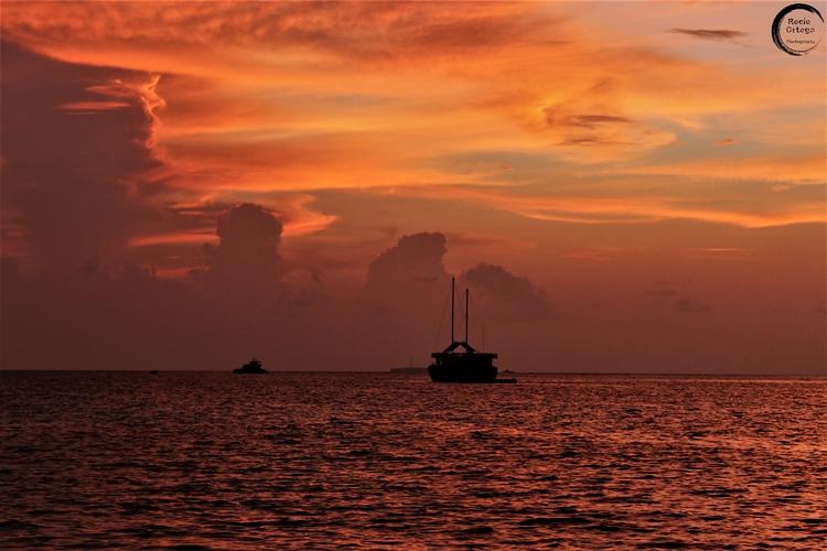 Atardece en Guraidhoo, Maldivas
