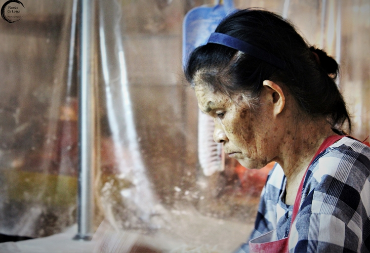Mujer en mercado de Taiwan