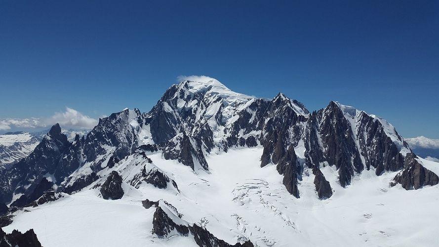 Mont Blanc. Curiosidades y razones para viajar a los Alpes Franceses