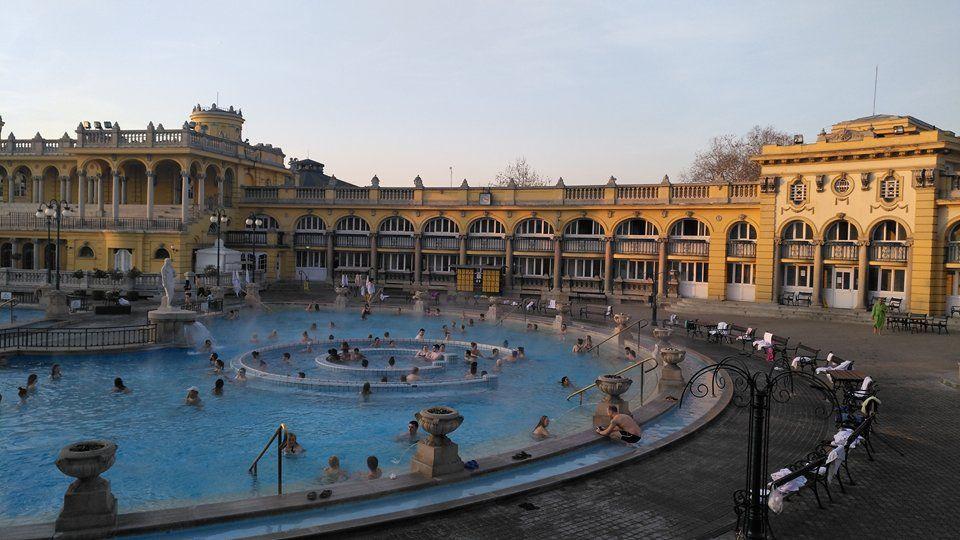 Qué ver y qué hacer en Budapest. BALNEARIO SZÉCHENYI.