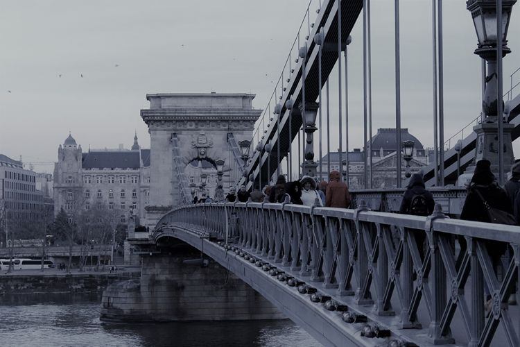 Qué ver y qué hacer en Budapest. PUENTE DE LAS CADENAS