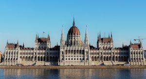 Que ver y que hacer en Budapest. PARLAMENTO DE BUDAPEST