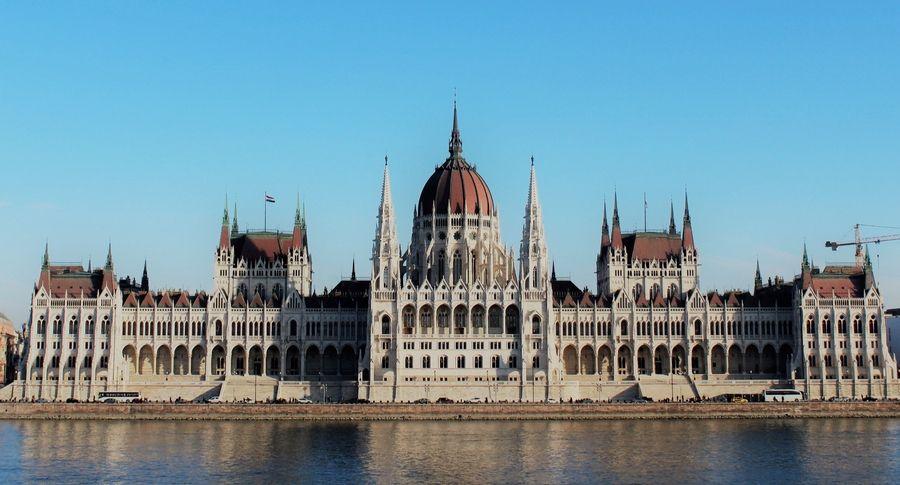 Qué ver y qué hacer en Budapest. PARLAMENTO DE BUDAPEST