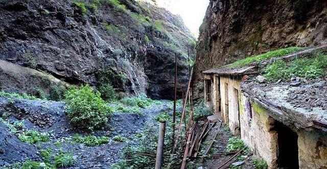 Edificaciones abandonadas en el Barranco de Badajoz. Foto de Javi Jabat de sirjabat.blogspot.com