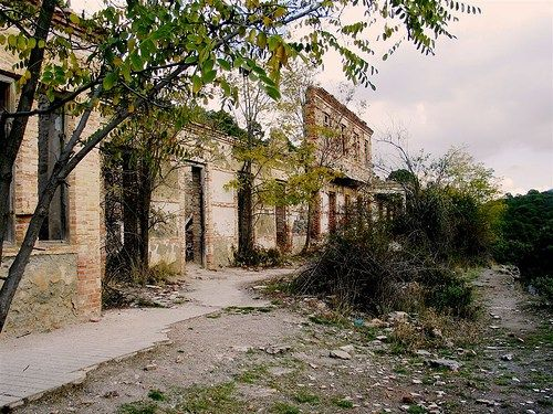 Sanatorio de la Alfaguara (Granada). Foto sacada de La Bitácora del Miedo