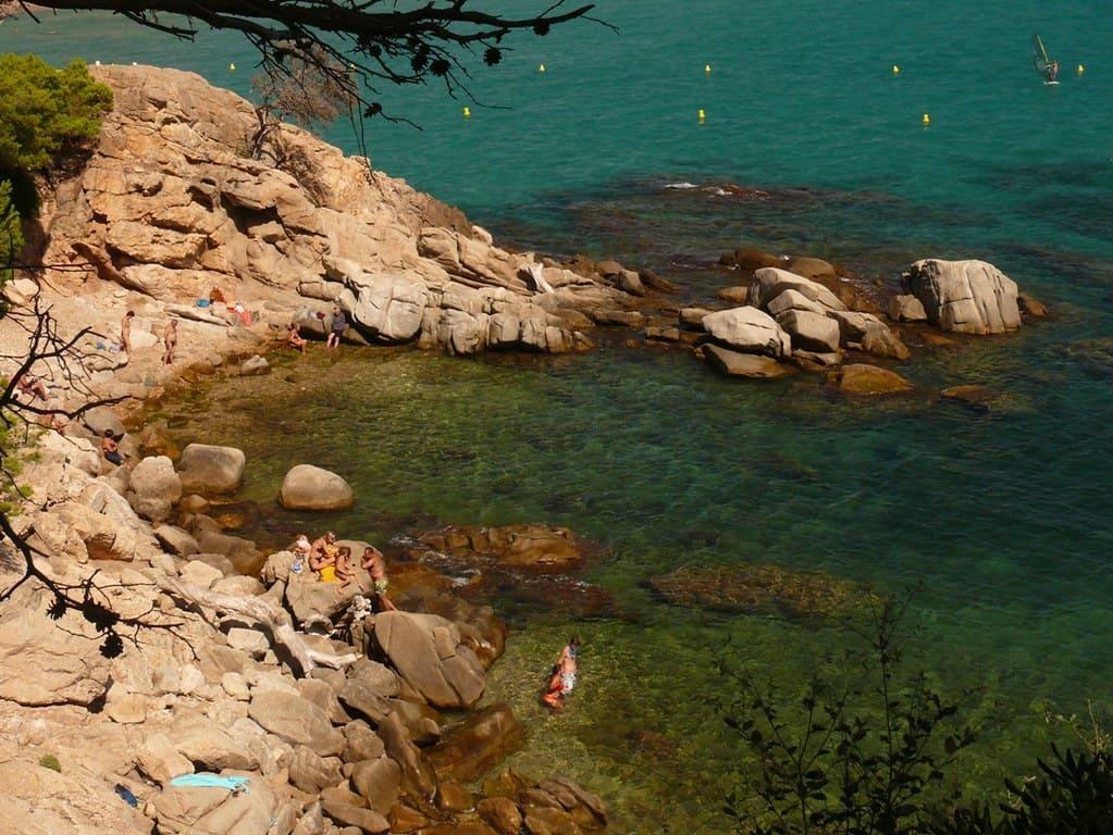 Cosas que hacer en la Costa Brava. Encontrar calas. Foto: Joan Grífols